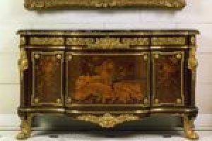 COMMODE (CHEST OF DRAWERS) WITH PASTORAL MARQUETRY