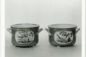 ICE PAIL WITH LINER AND COVER, ONE OF A PAIR