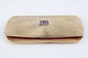 EYEGLASS CASE WITH EYEGLASSES